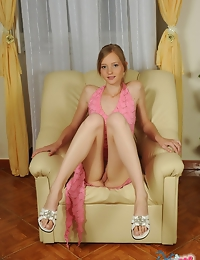 Dasha is an adorable speculum cutie from Croatia